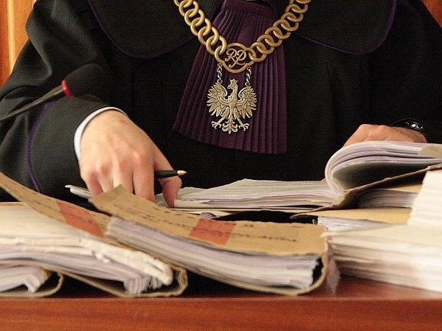 Mieszkaniec gminy Skwierzyna zabił swojego czworonoga. Stanie za to przed sądem. Może trafić do więzienia nawet na dwa lata.