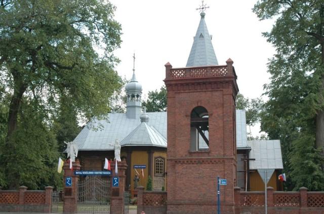 Kościół Przemienienia Pańskiego w Firleju - drewniana świątynia wzniesiona w latach 1879–1880
