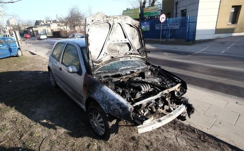 Zapalił się samochód