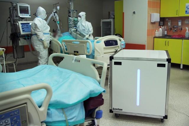 """Szpital w Grudziądz ma mieć w gotowości w sumie 450 łóżek """"covidowych"""" i 45 stanowisk respiratorowych"""
