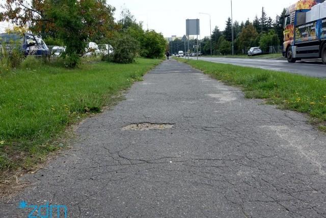 Rozpoczyna się remont chodnika na ul. Jaroczyńskiego