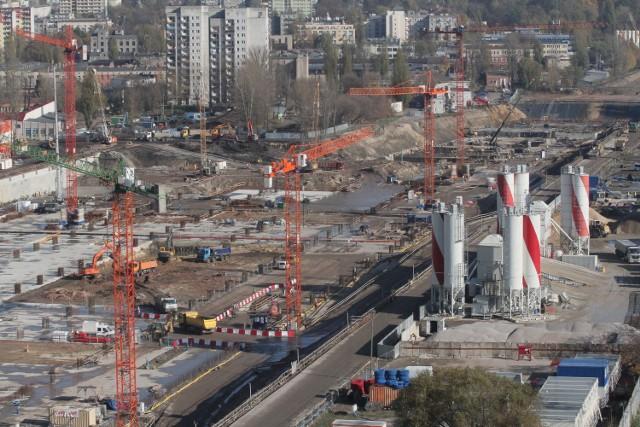 Budowa dworca Fabrycznego - październik 2013