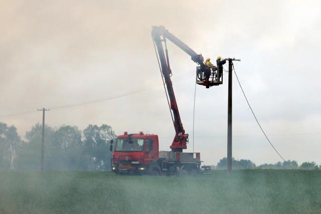 Utrudnienia na drodze w miejscowości Włóki (gmina Dobrcz) potrwają około trzech godzin.