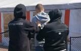 Katowice. Mężczyzna miał proponować seks 14-latce. Podejrzany został zatrzymany dzięki organizacji Wataha - Na Tropie Pedofilii