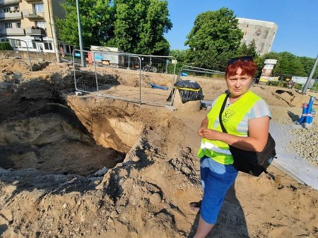 - Fosa ma 2,5 metra głębokości - mówiła nam w czwartek 17 czerwca Sylwia Groblica.