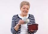 Ponad 565 tys. osób z łódzkiego otrzymało trzynastą emeryturę. Będą kolejne wypłaty. Ile pieniędzy dostają seniorzy? Dla kogo świadczenie?