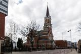 Proboszcz parafii św. Wojciecha ks. Jan Wierzbicki wezwany przez arcybiskupa Tadeusza Wojdę. Konsekwencji nie ma (zdjęcia)