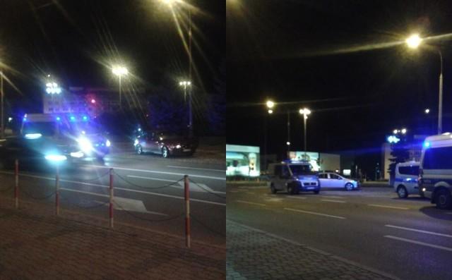 Interwencja policji w centrum miasta. Podróżujący pojazdem byli agresywni.