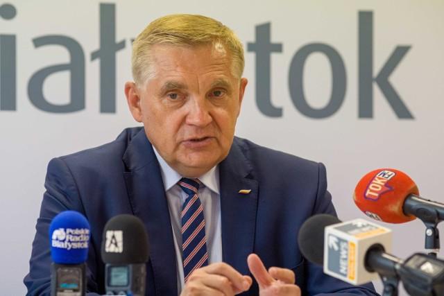 Prezydent Białegostoku Tadeusz Truskolaski był w 2020 roku współwłaścicielem dwóch samochodów