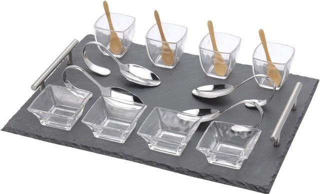 Zestaw do serwowania przekąsekKamienna taca z dwoma wygodnym uchwytami ułatwi eleganckie podanie przystawek do stołu.