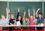 Kiedy powrót do szkoły? Kiedy początek roku szkolnego? Premier Morawiecki zabrał głos. Czy we wrześniu koniec e-lekcji?  [10.10.2020]