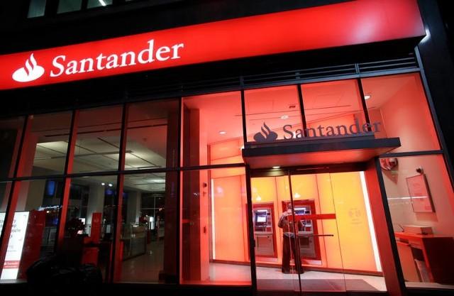 Czy Santander wycofa się z Polski?