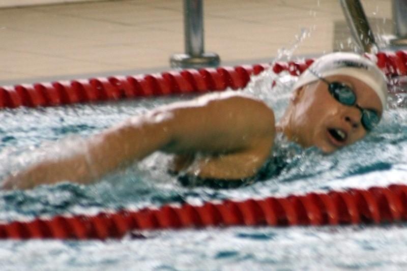Natalia Pawlaczek wraz z koleżankami ze sztafety zdobyła brąz na 4x100 m stylem dowolnym, a ponadto awansowała do piątkowego finału na 100 m stylem dowolnym.