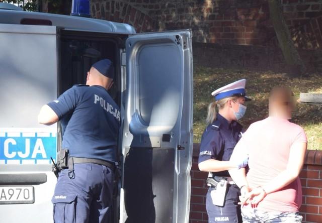 Rodzice półrocznej dziewczynki tymczasowo aresztowani. Dziecko zostało pobite?