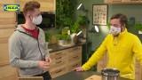 IKEA na żywo. Sprzedażowe lajfy na Facebooku to hit, i choć internauci kpią, to robią zakupy ze zniżką. Live są w poniedziałek i czwartek