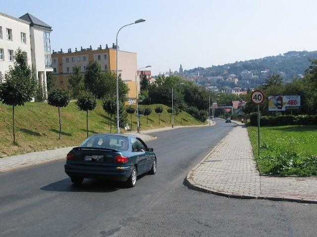 Mieszkańcy os. Glazera w Przemyślu nie chcą nowej drogi przez swoje osiedle. Według nich zburzyłaby ona porządek i ład w tym miejscu.