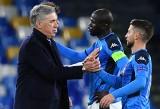 Liga Mistrzów. Absurdów w Napoli ciąg dalszy. Carlo Ancelotti zwolniony po wygranym meczu. Nie pomógł nawet hat trick Arkadiusza Milika