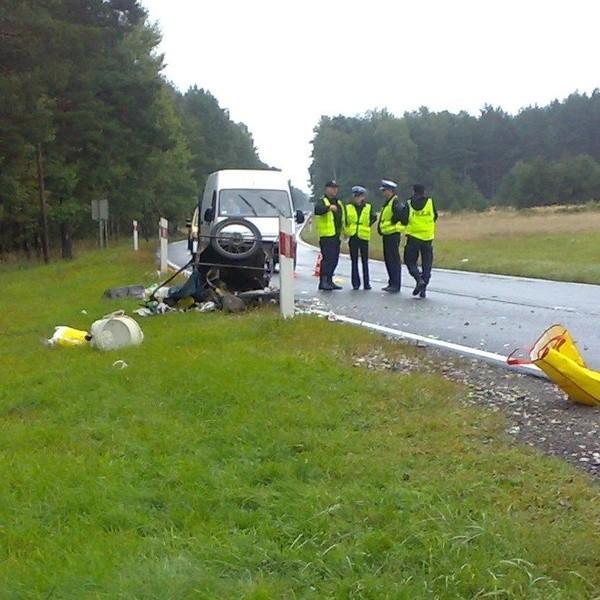 Rowerzysta z obrażeniami trafił do szpitala.