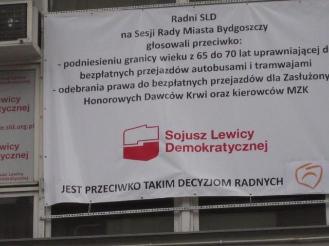 Tak SLD protestował przeciwko zniesieniom ulg komunikacyjnych.