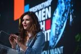 Wanda Buk: Dzięki technologii 5G komfort naszego życia się poprawi. Nie będziemy smażyć się, jak parówki - mówi wiceminister cyfryzacji