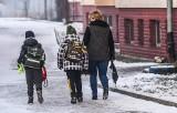 Zaszczepią nauczycieli, by dzieci mogły wrócić do szkół