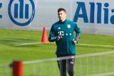 Robert Lewandowski wrócił do treningów z piłką. Z Wolfsburgiem jednak nie zagra