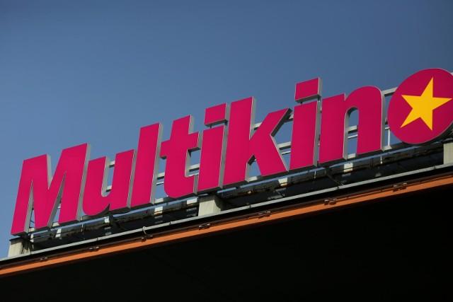 29 lipca 1997 r. W Poznaniu wbudowano kamień węgielny pod budowę pierwszego w mieście Multikina.