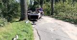Dachowanie BMW na trasie Główczyce - Słupsk. Mężczyzna w szpitalu [ZDJĘCIA]