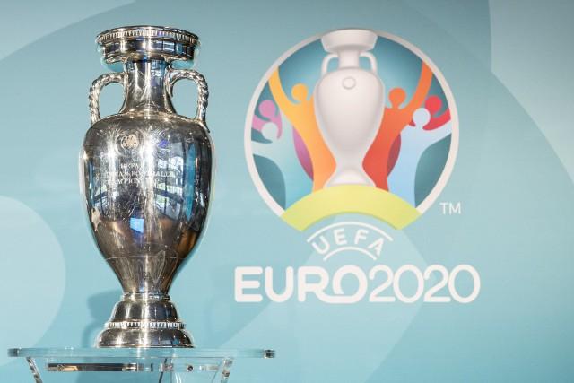 Puchar Henriego Delaunaya to trofeum przyznawane mistrzom Europy