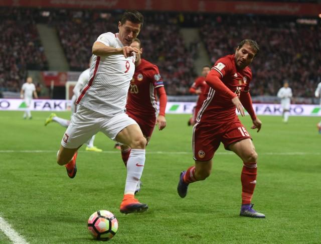 Rok temu, w pierwszym meczu z Armenią w Warszawie, Polacy z trudem wygrali 2:1 po bramce Roberta Lewandowskiego zdobytej w ostatnich sekundach.
