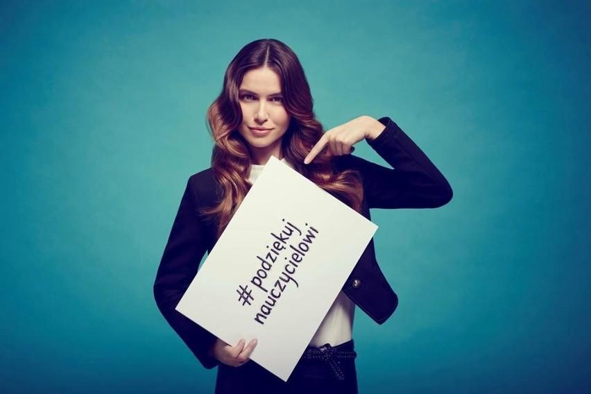 """W 2015 roku w ramach kampanii społecznej """"Podziękuj Nauczycielowi"""" powstał film, w którym polskie gwiazdy wyrażały wdzięczność swoim nauczycielom. Teraz, po czterech latach, kampania znów stała się popularna w sieci."""