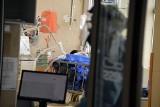 Niepokojący przypadek w USA: 25-latek był zakażony dwukrotnie wirusem. Za drugim razem musiał być hospitalizowany