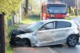 Nowy Targ. Kierowca skasował w wypadku kilka ogrodzeń i własne BMW. Miał szczęście, że nikogo nie potrącił