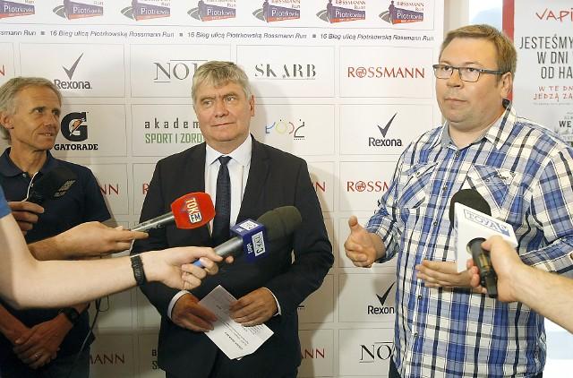 Dyrektor Jacek Chmiel, marszałek Witold Stępień i prezes Robert Blesiński zapraszają na bieg