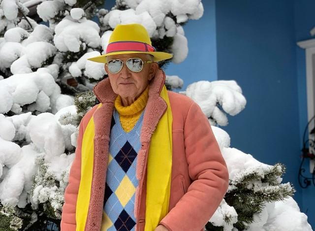 Andrzej Żylak z Rybnika podbija świat mody. Zobaczcie jego kolorowe stylizacje.Zobacz kolejne zdjęcia. Przesuwaj zdjęcia w prawo - naciśnij strzałkę lub przycisk NASTĘPNE