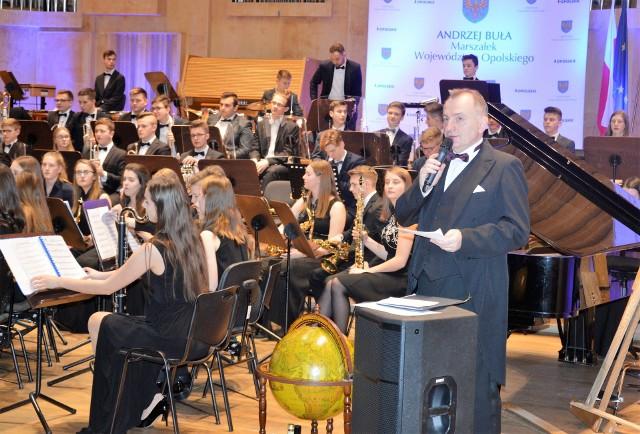 Koncert noworoczny prowadził Leonard Malcharczyk.
