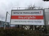 """Tajemniczy, """"miłosny"""" billboard w Ostrołęce. O co chodzi?"""