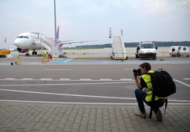 Polskie Linie Lotnicze LOT stopniowo przywracają do obsługi regularne rejsy