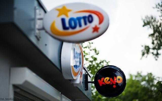 We wtorek (4 września) do wygrania w Lotto będzie nawet 9.000.000 zł, a w Lotto Plus równy 1.000.000 zł. Z kolei w Eurojackpot czeka na graczy aż 43.000.000 zł. Losowanie już w piątek.