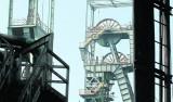 Rząd chce skusić (przekupić?) górników, żeby zgodzili się na zamykanie kopalń. Zamierza im dać m.in. na odprawy 1,5 mld zł