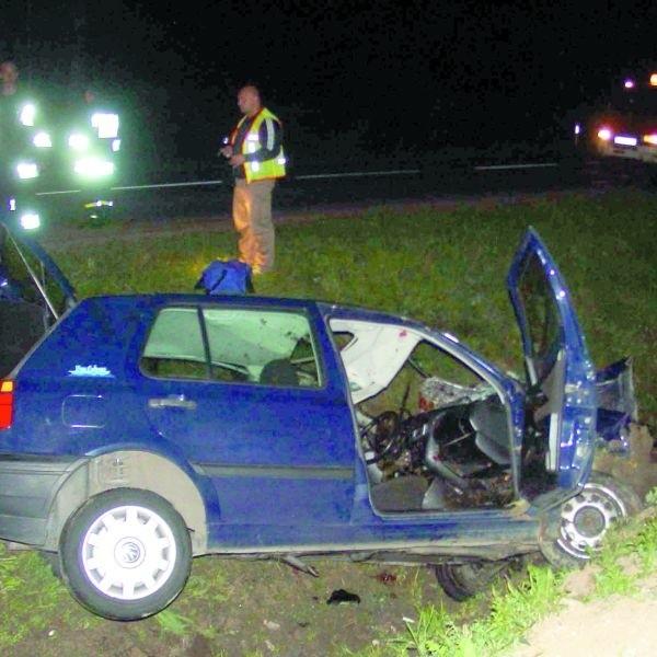 Tak wyglądał samochód Rafała Trockiego po zderzeniu z końmi.
