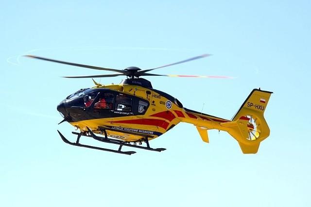 Poszkodowaną 23-latkę w ciężkim stanie przetransportowano do szpitala.