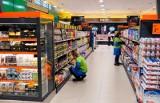 Praca i zarobki w Biedronce 2020. Podwyżki płac w sklepach Biedronka i centrach dystrybucyjnych sieci od stycznia