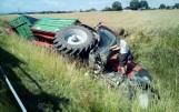 Traktor z dwiema przyczepami wjechał do rowu na obwodnicy Białej [zdjęcia]