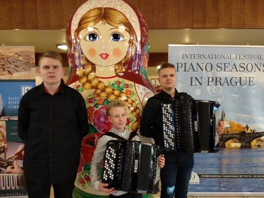Od lewej: Adam Tarnożek, Konrad Janiszewski, Antoni Chmielniak