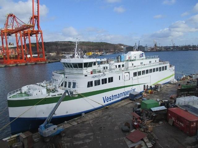 Prom Herjólfur, po wybudowaniu go w Gdyni, gotowy był do przekazania armatorowi z Islandii w połowie ubiegłego roku.