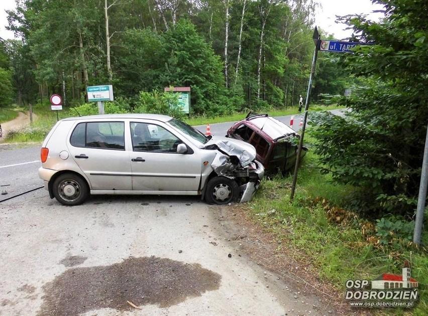 Wypadek na DW 901 w Pludrach (gm. Dobrodzień).