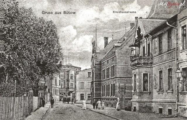 Zdjęcia w galerii przedstawiają Bytów sprzed 1945 roku. Obecna ulica Bauera.