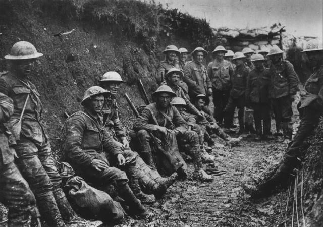 Pierwsza wojna światowa trwała od 1914 do 1918. W ostatnim roku wojny, na froncie zachodnim - konkretnie na terenie dzisiejszej Belgii - zaginął żołnierz z Nieznaszyna.