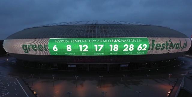 W Dniu Ziemi uruchomiono zegar klimatyczny na fasadzie TAURON Areny Kraków.